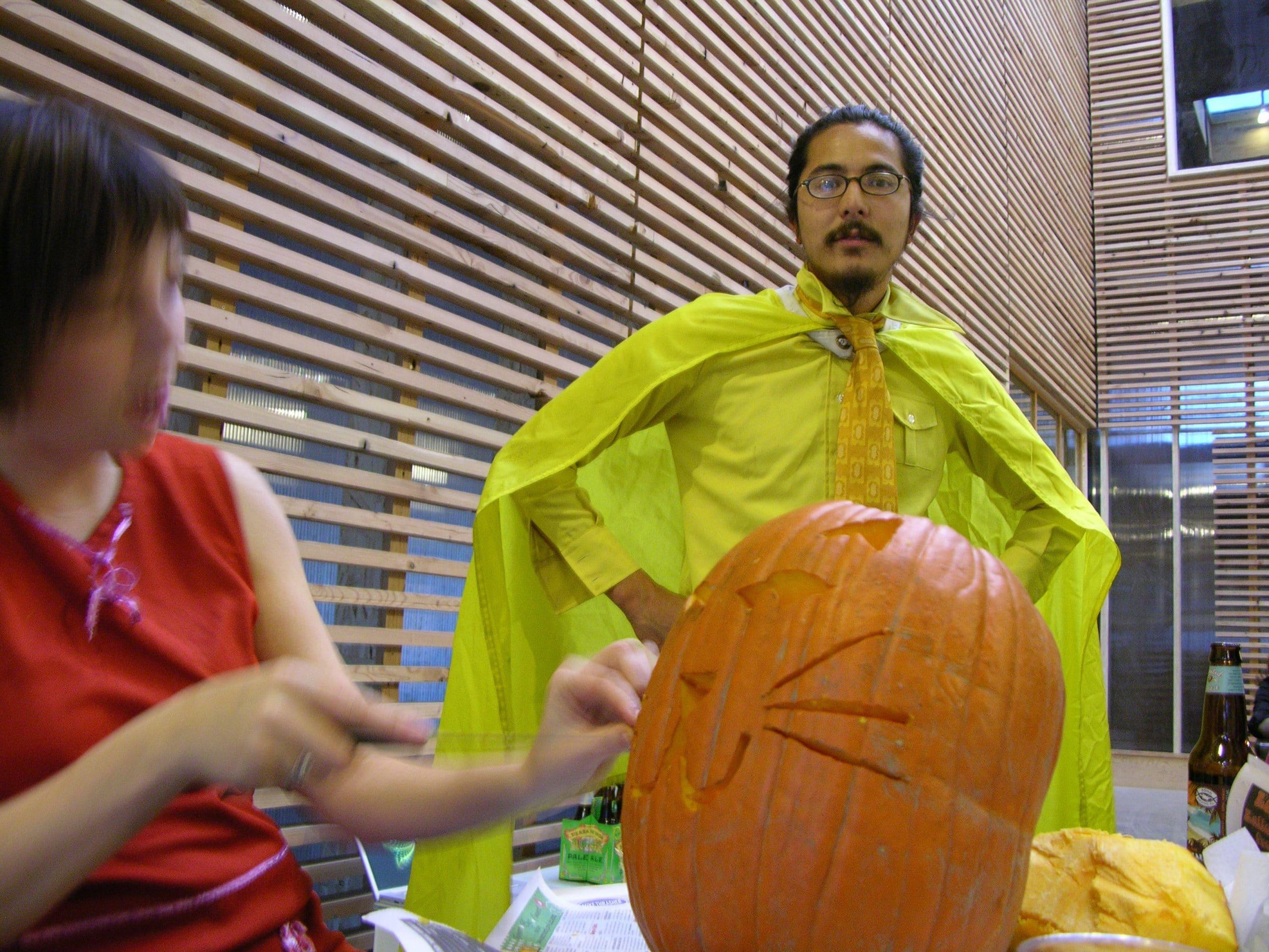 pumpkin-carving-vihn
